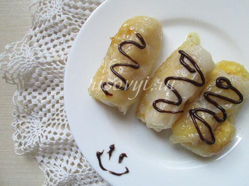 Рецепт сладких роллов с бананом