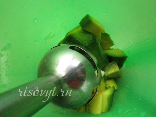 Соус из авокадо для салата