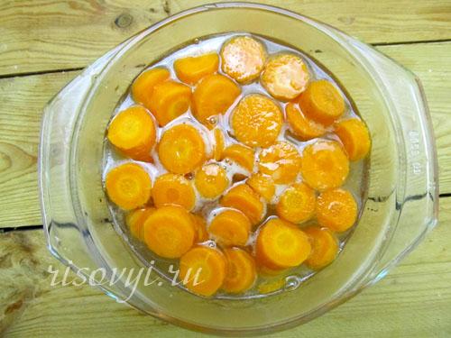 Делаем цукаты: варим в сиропе морковь