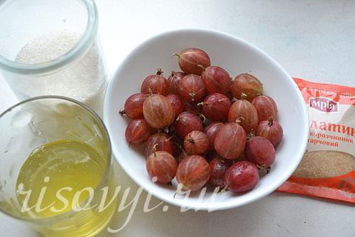 Ингредиенты для приготовления пирожных безе с ягодами