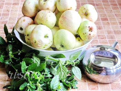 Продукты для приготовления яблочного пюре на зиму