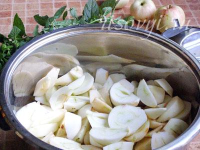 Яблочное пюре на зиму: рецепт с фото