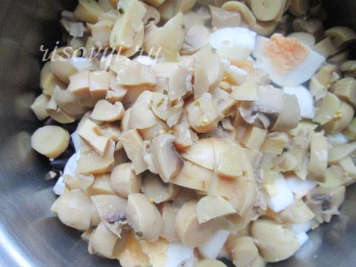 Салат с грибами и фасолью: рецепт с фото