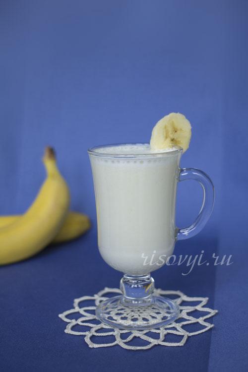 Рецепт молочного коктейля с бананом в блендере