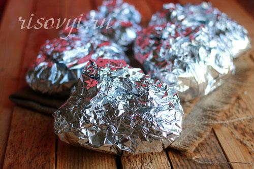 Картошка на углях в фольге: рецепт