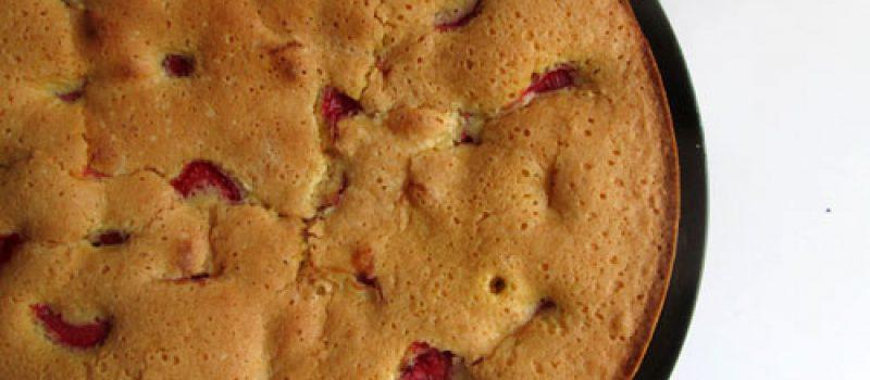 Пирог с клубникой: рецепт с фото