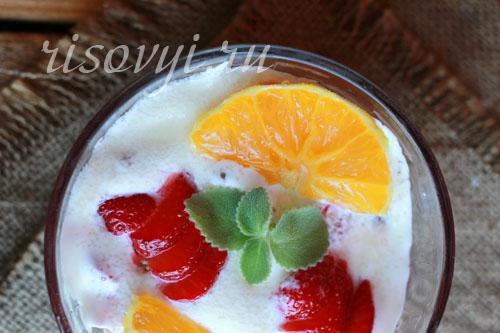 Десерт «Клубника со сметаной»